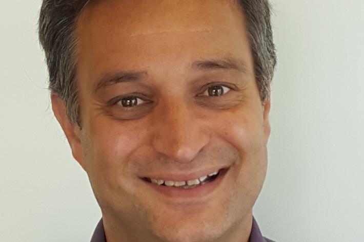 アルバロ・ベルメホ医師