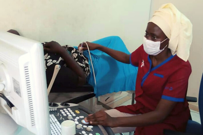 An ultrasound taking place in Senegal
