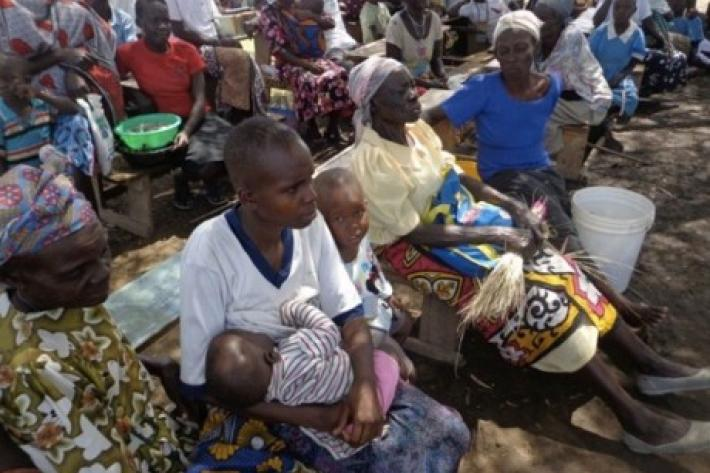 In the conflict affected Central African Republic there are an estimated 551,600 internally displaced persons. In Bangui, the SPRINT Initiative aims to reach 31,650 women of reproductive age, 4,000 pregnant women and 25,320 sexually active men.