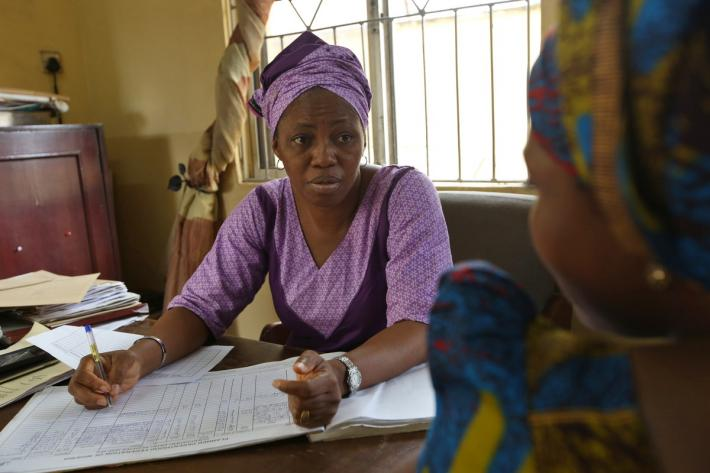 IPPF clinician counsels a client