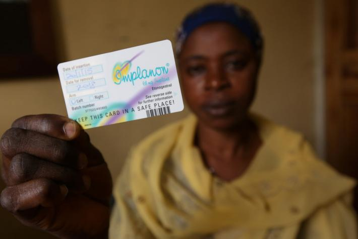 IPPF client with her ID card