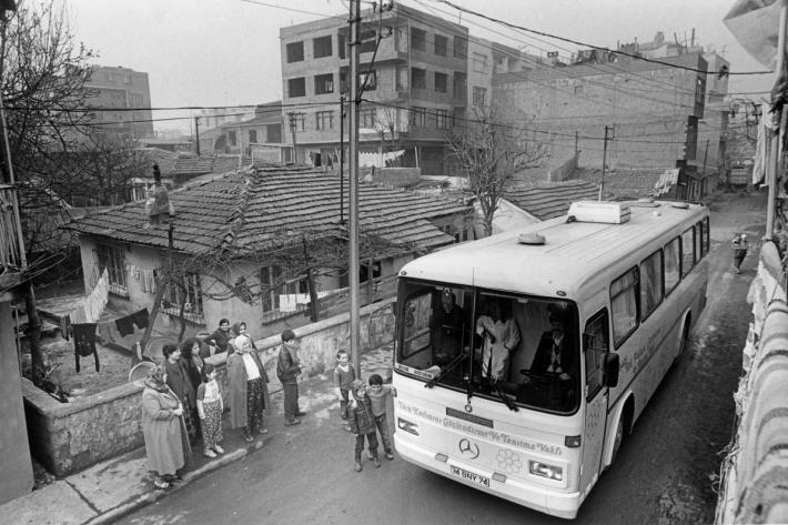 Mobile health clinic in a slum area. Turkey, 1988.